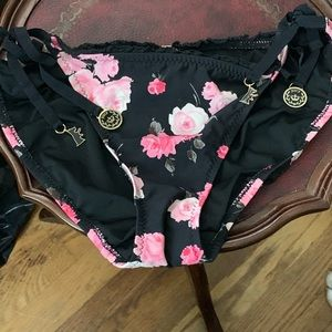 Juicy couture bathing suit bottom